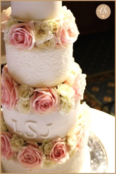 4 tiers flowers close up